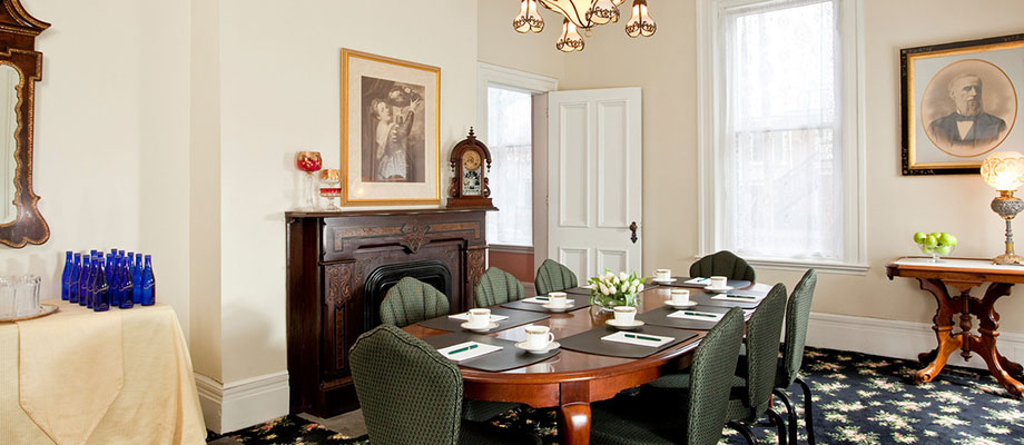 New York Meetings at a Saratoga Springs Hotel